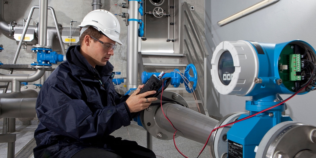 Get your device commissioned by a qualified Endress+Hauser engineer at no additional cost!