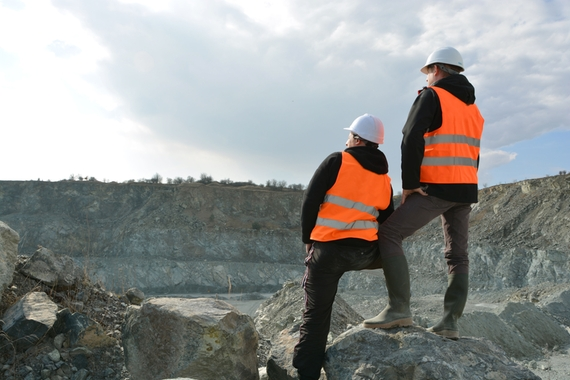 Increase safety by remotely monitor your mining processes